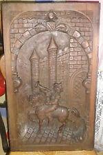 Bas relief de 65 / 39 / 4.5 cms sur panneau  soldat ou troubadour au clairon