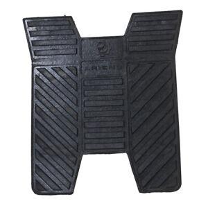 Ariens 05101200 Gravely Ikon-Xl & Zt Xl Rubber Floor Mat 04751300