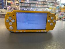 PSP 2004 Slim & Lite Konsole DIE SIMPSONS LIMITED EDITION Gelb BRANDNEU RAR New