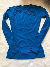 LULULEMON FULL TILT LONG SLEEVE CORNFLOWER BLUE RULU YOGA RUNNING GYM size 4 ?