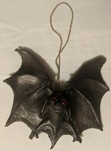 Vintage 1967 Oily Jiggler Bat Donje Cal Themes Collectible NM