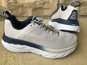Women's size 8 HOKA ONE ONE BONDI 6 running shoes