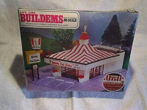 KENTUCKY FRIED CHICKEN RESTAURANT BUILDING MODEL KIT,KFC,Colonel Sanders Recipe