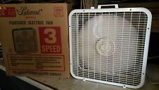 LAKEWOOD BREEZE BOX VINTAGE ELECTRIC FAN 20-INCH MODEL P-223 1980s with BOX (C)