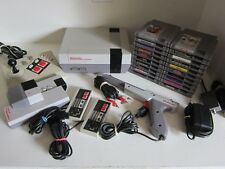 Nintendo NES-001 console Bundle, Huge Lot 20 games, 2 controllers, gun & more