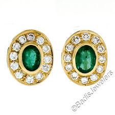 18ct Oro Amarillo 3.05ctw Esmeralda & Diamante Halo Grabado Ovalado Botón Omega