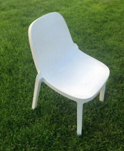 1 - Emeco x Philippe Starck BROOM STACKING CHAIR Authentic