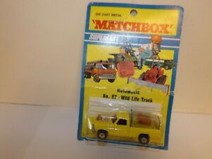 MATCHBOX S/F NO.57-C FORD WILD LIFE TRUCK YELLOW BODY MI 1971 BLISTER