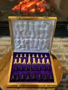 "Marble Stone Unique Hand Carved Chess Set Portable Board Storage Box (10""x10"")"