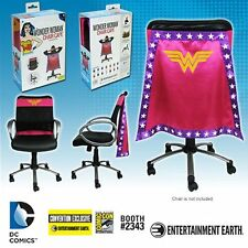 Brand New FBA Official DC Comics Wonder Woman Convention Exclusive Chair Cape