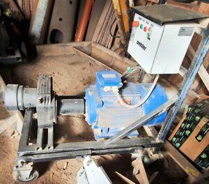 Sägespaltautomat Brennholzautomat Elektromechanischer Antrieb Oehler