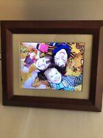"Philips 8"" Digital PhotoFrame. LED Panel. Mahogany Wood Frame. Comes With Box!"