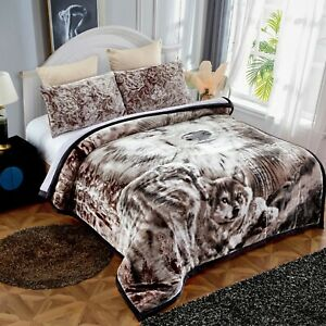"3 Piece Wolf Printed Sherpa Comforter Set ,Plush & Sherpa Queen Size 79"" x 91"""