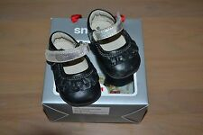 Smaller by SEE KAI RUN Baby Girl Fancy Shoes Size 0-6 months Black & Silver Trim