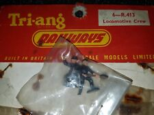 TRIANG R413 LOCOMOTIVE CREW FIGURES - MINT SEALED CREW OF 2. VERY RARE
