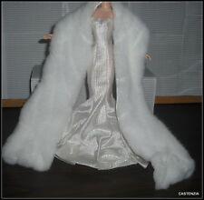 DRESS BARBIE HOLLYWOOD DOLL STUNNING FITTED WHITE GOWN & WHITE LINED  STOLE