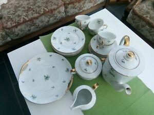 Kaffeeservice KPM, mit Goldrand und floralem Motiv