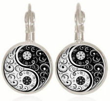 New Yin and yang tai chi  Glass cabochon Silver Earrings Jewelry gift