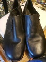 Ecco Women Black Leather Loafer Size 40/9US