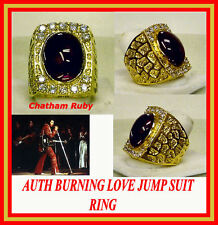 ELVIS BURNIN LOVE JUMPSUIT RING STAGE BURNING LOVE RING  18 KT CONCERT ON TOUR
