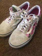 vans hawaiian shoes—womens size 8/mens 6.5