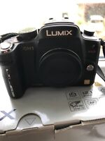 Panasonic LUMIX DMC-GH1 12.1MP Digital Camera - Black (Body only) 2 BATTERIES