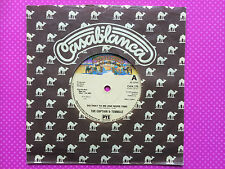 The Captain & Tennille - Do That To Me One More Time / Deep In The Dark, CAN-175