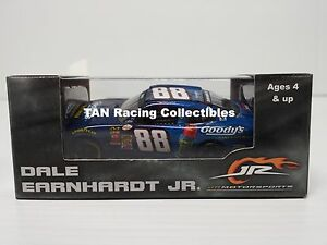 Dale Earnhardt Jr 2015 Lionel Collectibles #88 Goody's Camaro 1/64 FREE