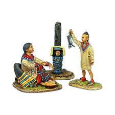 First Legion: AWI098 Woodland Indian Squaw with Boy Hunter and Baby