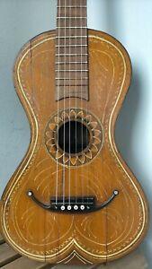 Chitarra antica,vecchia chitarra,old Guitar, alte gitarre,guitare ancienne