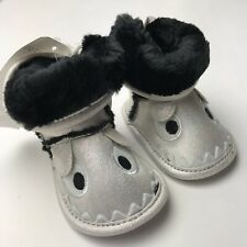 Baby H&M Boots Crib Shoes Size 0 Girls Boys 0-6 Month Infant Iridescent Faux Fur