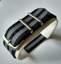 22 mm Nato Strap Correa Reloj Nylon Watch band Gris y negro Grey and black