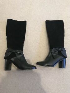 Alannah Hill Black Bow Boots Size 37