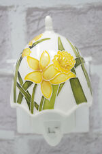 Electric Night Light 5805 Daffodil Led Plug In On/Off Switch Old Tupton