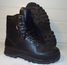 LOWA BLACK LEATHER MEN'S MOUNTAIN GTX GORE-TEX BOOTS - Size: 8 Med, British Army