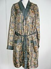 Vintage 1960s dressing-gown smoking jacket olive green paisley pattern medium