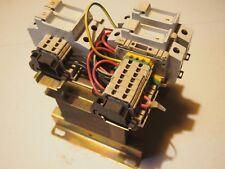 Transformateur LEGRAND 42623 220/380VAC 2x110VAC 210VA