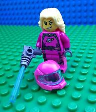 Lego 8827 INTERGALACTIC GIRL Pink Space Girl Lady Laser Gun Minifigures Series 6
