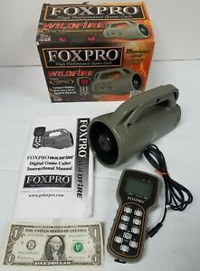 FOXPRO WILDFIRE DIGITAL GAME CALLER WITH WILDFIRE REMOTE EXCELLENT MADE IN USA!!