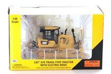Norscot 55224 Caterpillar Cat D7E Track Type Tractor - Diecast 1/50 scale Model