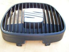 Seat Ibiza Front centre grill (2002-2005)