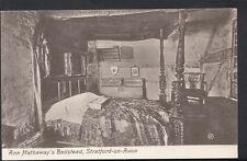 Warwickshire Postcard - Anne Hathaway's Bedstead, Stratford-Upon-Avon RS3729