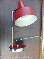 lampe année 50 ou 60 en tôle rouge design  vintage haut 40 diam 18 cm