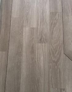 1m2 Karndean Knight Tile KP138 Grey Limed Oak (30 m2 Available)6 X 36