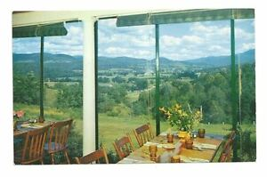 WILLISTON VT Twist O'Hill Lodge Dining Room View Vtg PC