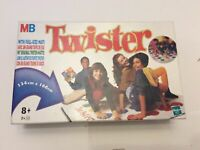 Twist Game Hasbro Age 8+ 2+ Players Full Size Mat 134cm - 166cm From Year 1999