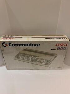 Commodore Amiga 500 Computer Complete In Box Beautiful Retro Vintage Computing