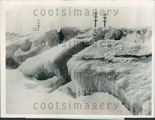 1924 Nature's Ice Sculpture Shore of Lake Ontario Press Photo