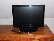 LG Fernseher 19 LG 3050 48,3 cm (19 Zoll) HD-Ready LCD-Fernseher schwarz
