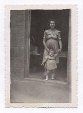 PHOTO ANCIENNE Bébé Enfant Femme enceinte photographiée 1945 Rare Curiosité